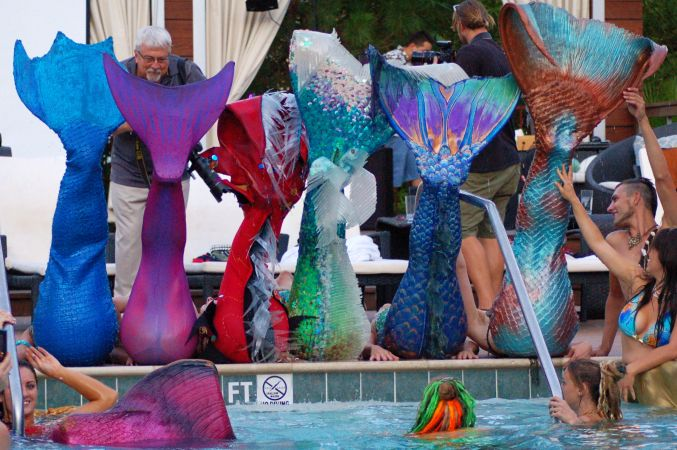 Mermaid Convention Photography #283<br>2,466 x 1,639<br>Published 1 year ago