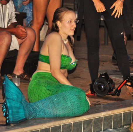 Mermaid Convention Photography #290<br>2,620 x 2,596<br>Published 1 year ago