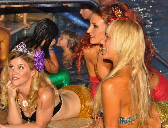Mermaid Convention Photography #293<br>3,737 x 2,846<br>Published 1 year ago