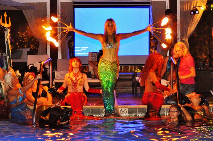 Mermaid Convention Photography #298<br>3,676 x 2,437<br>Published 1 year ago